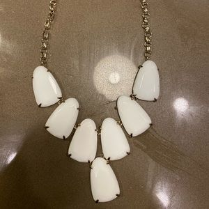 Kendra Scott Harlow Statement Necklace- White/Gold